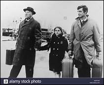 Gabin a la nostalgie de la Chine et Belmondo rêve de corridas.Henri Verneuil, en 1962.