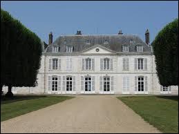 Je vous emmène en Île-de-France à la découverte du château de Millemont. Commune de l'arrondissement de Rambouillet, elle se situe dans le département ...