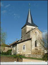 Commune néo-aquitaine, en Charente limousine, Genouillac se situe dans le département ...