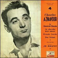 Complétez les paroles de ''Sur ma vie'' de Charles Aznavour.''Près des orgues qui chantaientFace à Dieu qui priaitHeureux je t'attendaisMais les orgues se sont -----Et Dieu a disparu, carTu n'es pas venue''