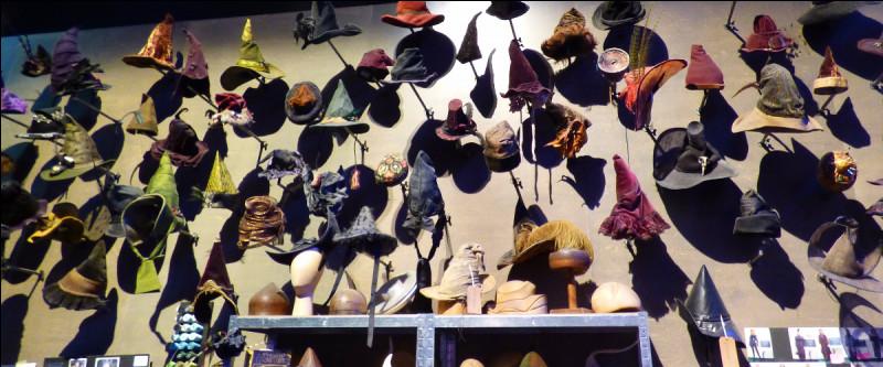 Bluffé à chaque angle de mur, le savoir-faire des costumiers est ici manifeste, chapeau bas ! Moi, je n'en n'ai pas reconnu !