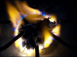 Le papier brûle lorsqu'il a atteint une température de 233°C.