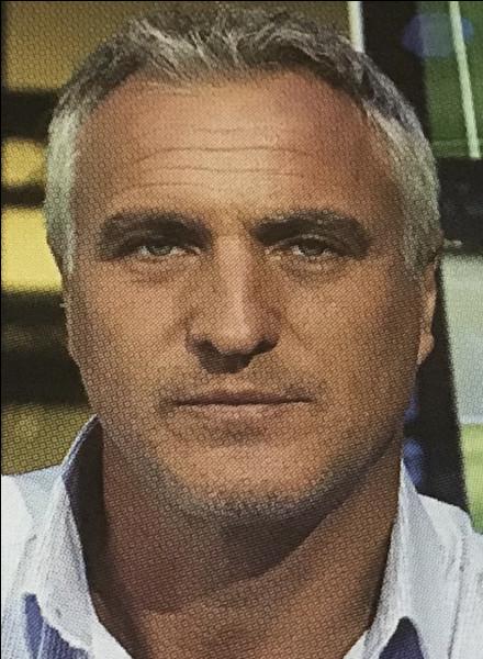 Nous changeons de joueur, nous allons étudier le cas de David Ginola.Durant un match décisif contre la Bulgarie pour la qualification pour la CDM aux États Unis, Ginola commit une erreur. Quelle est cette erreur qui sera déclarée fautive de la défaite française ?