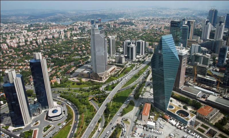 Indépendance - L'indépendance de la Turquie est proclamée en :
