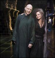 Dans la pièce de théâtre ''Harry Potter et l'Enfant maudit'', comment s'appelle la fille qu'il a eue avec Bellatrix ?