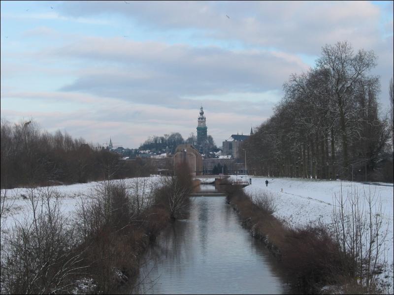 Quel pays européen, pourtant fort aimable, se paie le luxe d'avoir une rivière Haine ?