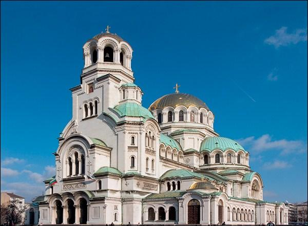 Quel est le nom de cette capitale d'un pays de l'Est qui évoque la sagesse ?