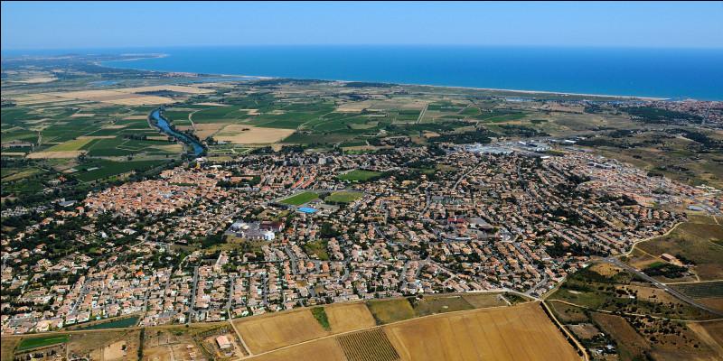 Petite ville de 7 000 habitants du département de l'Hérault, située à l'embouchure de l'Orb :