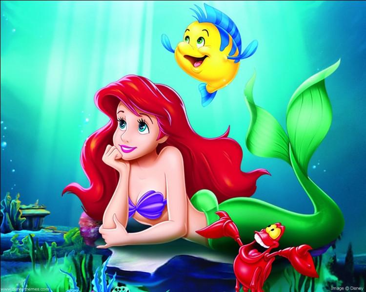 """Dans le livre de """"La Petite Sirène""""..."""