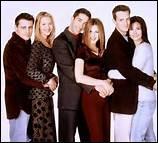 Quelle est la particularité du mariage de Phoebe et Mike ?