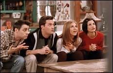 Qui a marié Chandler et Monica ?