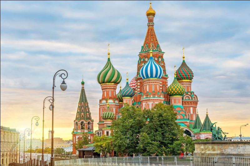 Dans quel pays se situe Moscou ?