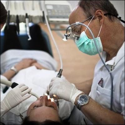 Quelle invention doit-on au dentiste américain Washington Sheffield ?