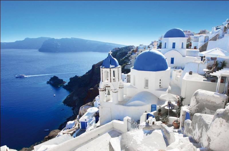 De combien de lettres l'alphabet grec est-il constitué ?