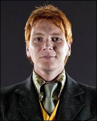 Quel est le poste de Fred Weasley au Quidditch ?