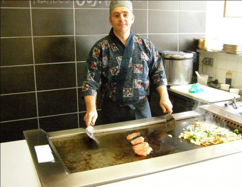 Yakiya San est-il devenu un bar à Huîtres ?Yakiya San est un restaurant Japonais qui était sur la commune jusqu'à récemment !