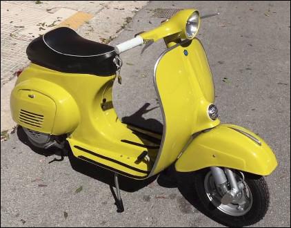 Quelle est cette ligne de scooter brevetée depuis1946 et fabriquée par la marque italienne Piaggio ?