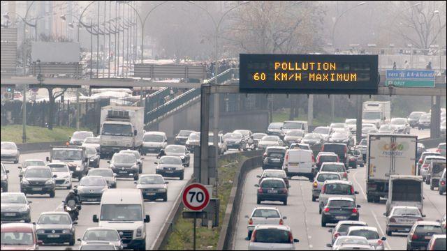Le maire de Paris, Anne Hidalgo a pris la décision d'interdire à certains véhicules la possibilité de circuler dans Paris à partir de 2024. Il s'agit des voitures circulant avec...