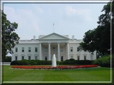 Dans quelle ville se trouve la Maison-Blanche ?