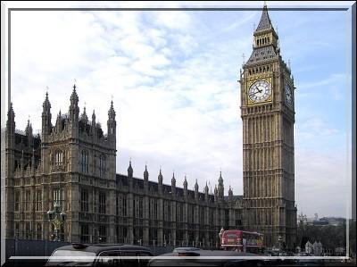 Dans quelle ville se trouve Big Ben ?