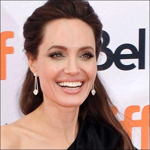 Que penses-tu d'Angelina Jolie ?