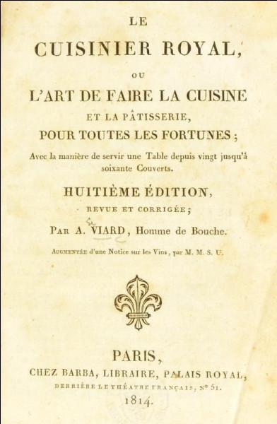 """La mousse au chocolat est la première recette à base de chocolat, et dès 1820 elle fait partie de l'encyclopédie culinaire """"Le cuisinier royal"""" d'André Viard."""