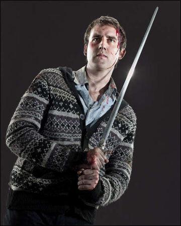 Avec qui Neville sort-il ?