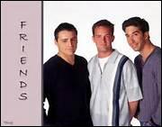 Dans la douche de qui Joey est-il surpris ?