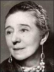 Qui est cette Jeanne-Marie, grande couturière française, fondatrice en 1889 de la maison de couture homonyme, plus ancienne maison de couture encore en activité, morte en 1946 ?