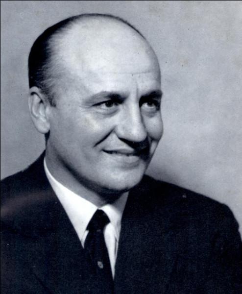 Qui est ce Pierre, grand couturier français, fondateur de la maison de couture qui porte son nom, mort en 1982 ?
