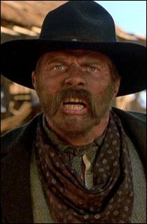 Buford Tannen a un surnom qui le fait enrager.Quel est ce surnom ?