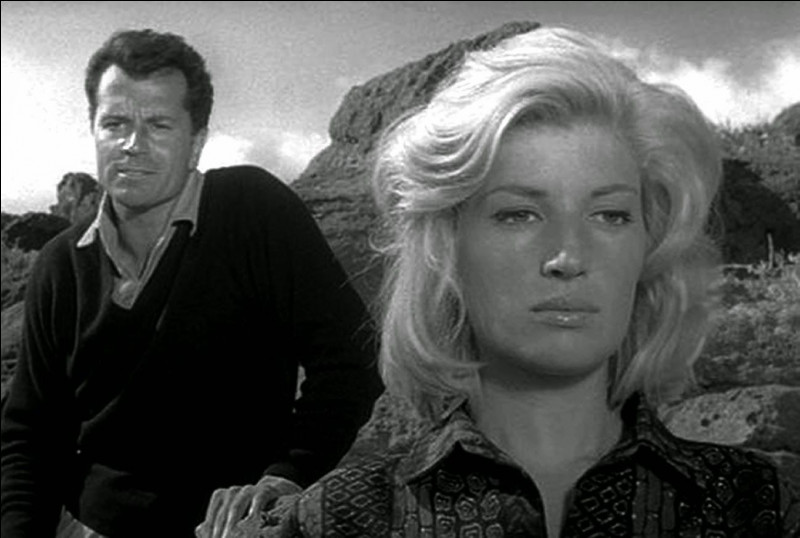 "Quel cinéaste italien a réalisé ""l'avventura"", film sorti en 1960, avec Monica Vitti, Lea Massari et Gabriele Ferzetti ?"