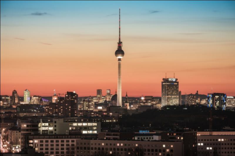 Quelle est la superficie de Berlin ?