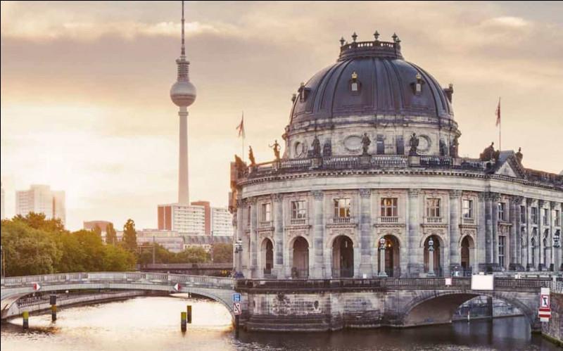 Quelle rivière traverse Berlin ?