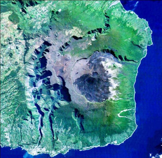 """Dans cette île [laquelle ?] se trouvent plusieurs """"nez"""", dont deux """"coupés"""" et un """"de Boeuf"""" ? De quoi s'agit-il ?"""