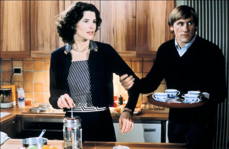 """Fan comme """"Fanny Ardant"""" : dans quel film dont est issue cette photo, partage-t-elle l'affiche avec Depardieu ?"""
