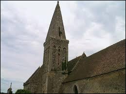 Vous avez sur cette image l'église Saint-Laurent de Moulines. Village Calvadosien, il se situe en région ...