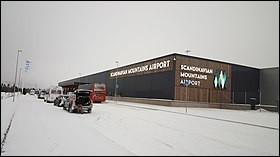Quelle est la particularité de l'aéroport des montagnes de Scandinavie, ouvert fin 2019 en Suède ?