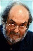 """Qui est ce Stanley, réalisateur, photographe, scénariste américain, célèbre pour ses nombreux films comme """"Orange mécanique"""", mort en 1999 ?"""