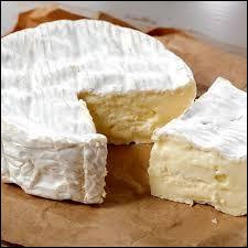 À partir de quel lait le camembert est-il fait ?