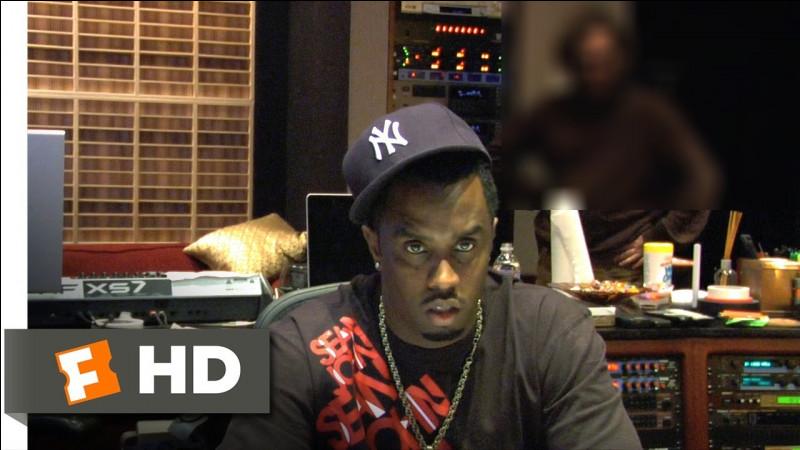 """Je suis un acteur américain ayant remporté un Oscar récemment. Pourtant, en 2011, je voulais tout arrêter pour me consacrer à ma carrière de rappeur, épaulé par mon pote P. Diddy... Tout cela est raconté dans un documentaire intitulé """"I'm still here"""". Qui suis-je ?"""