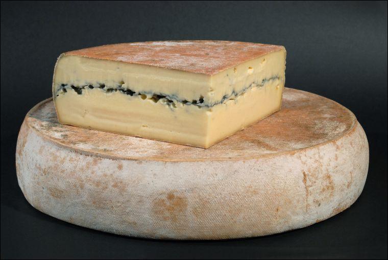 Quel est ce fromage au lait cru de vache élaboré dans le massif du Jura ?