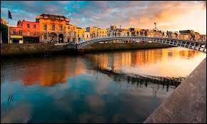 Avant-dernière question avec ''The Irish Pub'' : Sur quelle image voit-un pub irlandais qui a pris le nom du quartier de Dublin où il se situe ?