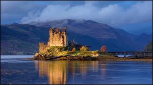 ''Wil You Go Lassie Go'' porte aussi le titre ''Wild Mountain Thyme''. Quel est le mont écossais, point culminant des îles britanniques ?