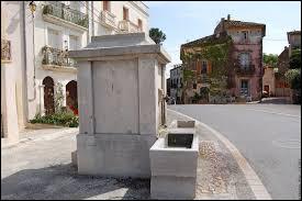 Commune occitane, dans l'arrondissement de Lodève, Puilacher se situe dans le département ...