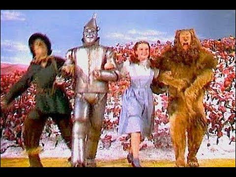 """""""Le Magicien d'Oz"""", réalisé en 1939 par Victor Fleming, a propulsé son actrice principale, alors âgée de 17 ans, au rang de star. De qui s'agit-il ?"""