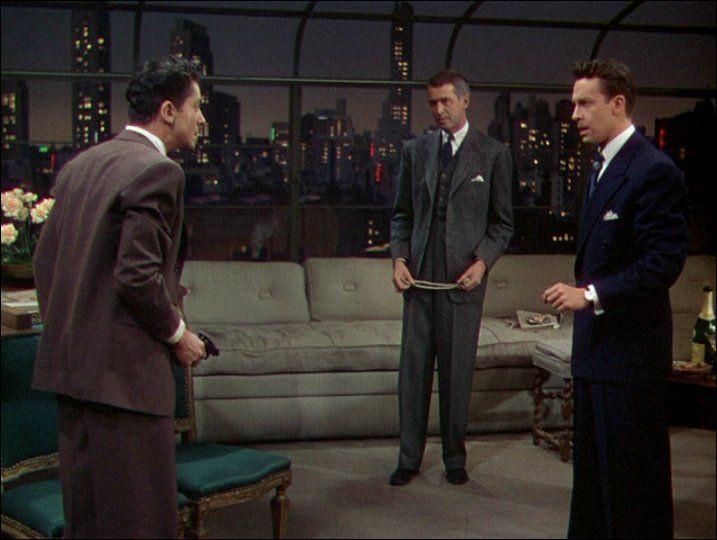 Sorti en 1948, c'est le premier film en couleurs d'Alfred Hitchcock : quel est son titre (français) ?
