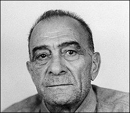 Né en 1897 à Rosiglino, décédé en prison en 1969, il commandita plusieurs assassinats pour essayer de prendre le pouvoir de l'une des cinq familles de la mafia sicilienne