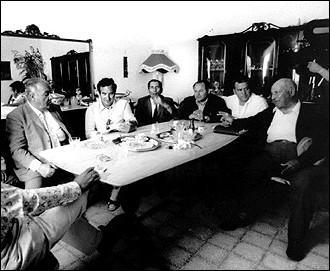 Né en 1928 à Palerme, mort en 2000 à New-York, il fut surnommé 'Boss des deux mondes'.