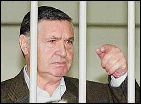 Né le 16 novembre 1930, il est surnommé 'La Bête', Il est en prison, comdamné en 2002 à 8 ans et 10 mois .